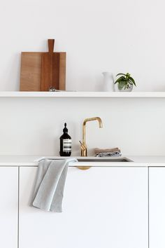 o my new home has an all white kitchen, which is so different from the black and grey one in my previous home. Cute Dorm Rooms, Cool Rooms, Design Blog, Deco Design, Design Ideas, Black And Grey Kitchen, Kitchen Design, Kitchen Decor, Minimal Kitchen