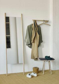 Decor Interior Design, Furniture Design, Interior Decorating, Danish Furniture, House Doctor, Japanese Minimalism, Wooden Poles, Wooden Hangers, Japan Design