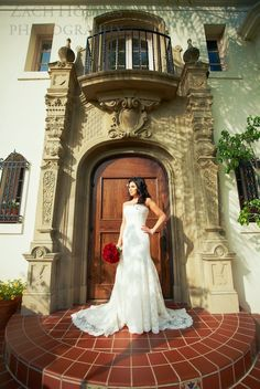 I decided to look up my wedding venue...and found pics of my wedding :) muckenthaler mansion, Fullerton, ca