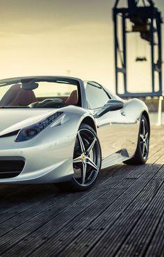 Best Sports Cars : Illustration Description Ferrari 458