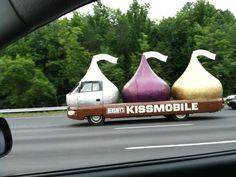 hersheys kissmobile