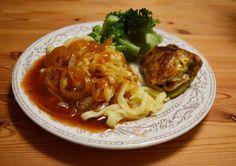 Abendessen bei Susanne: Wheaty Rosmarin-Rouladen mit Spätzle und Brokkoli. Toll angerichtet!