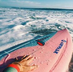 Surf :: Ride the Waves :: Free Spirit :: Gypsy Soul :: Eco Warrior :: Surf Girls :: Seek Adventure :: Summer Vibes :: Surfboard Design + Style :: Free your Wild :: Surfing Inspiration Vans Surf, Summer Vibes, Summer Surf, Men Summer, Summer Feeling, Beach Bodys, Photo Polaroid, Shotting Photo, Wakeboard