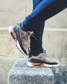 air max 90 grey and bronze