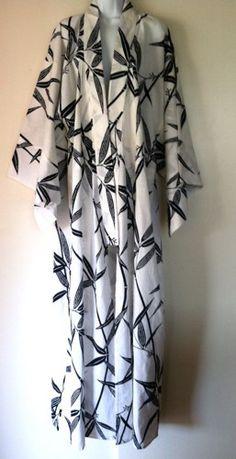 Japanese Kimono Yukata Robe Bamboo Cotton Print White Navy Blue | OneOfAKindHawaii - Clothing on ArtFire