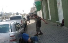 Karma is a magical yet mysterious thing. And these people learned about karma in a hilarious and hard way. Drunk Fails, Karma Funny, Funny Stuff, Instant Karma, S Bahn, Man Down, Montage Photo, The Hard Way, Hilarious Pictures