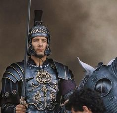 A Daily Community Devoted to Clive Owen - King Arthur Friday!!!!