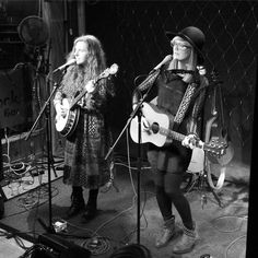 Day 63: The @worrydolls harmonised @thewightrockbar beautifully #acousticisle #isleofwight #music #live #gig #duo #cowley365 #365 #365project #365photoproject #365photochallenge Instagram: http://ift.tt/1Pkc8Cl