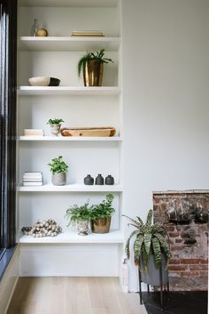 Empty corner inspiration - Shelves from Apartment 34