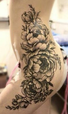 Roses on Upper leg-hip-chest- tattoo Hip Thigh Tattoos, Side Hip Tattoos, Leg Tattoos Women, Body Art Tattoos, Tattoo Girls, Girl Tattoos, Floral Hip Tattoo, Flower Tattoos, Piercings