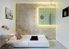L'architecte d'intérieur Maayan Zusman et l'architecte Amir Navon du studio 6b ont rénové un appartement de 55 m² à Tel-Aviv. Pour tirer le meilleur parti