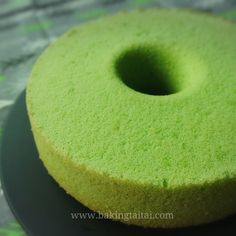 My 93 year-old granny was unwell recently and hospitalized for the past 2 weeks. Those who know me personally, will know that I am very c. Pandan Chiffon Cake, Pandan Cake, Old Granny, Chinese Food, Coconut Milk, Doughnut, Healthy, Sweet, Desserts