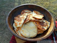 fry bread Old Recipes, Vintage Recipes, Cooking Recipes, Catering Recipes, Catering Ideas, Medieval Banquet, Medieval Party, Medieval Recipes, Gourmet