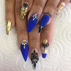 In search for some nail designs and ideas for your nails? Here is our list of 22 must-try coffin acrylic nails for stylish women. Fabulous Nails, Gorgeous Nails, Pretty Nails, Amazing Nails, Fancy Nails, Bling Nails, Blue Stiletto Nails, Blue Coffin Nails, Jolie Nail Art