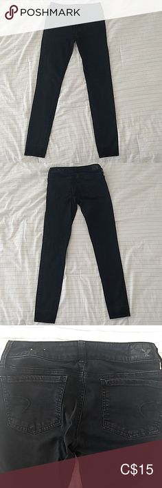 American Eagle jean jegging AE jegging super stretch in size 2 regular. In good condition, no tears, minor crease at bottom of jeans (due to folding because I'm short). American Eagle Jeans, American Eagle Outfitters Jeans, Jeggings, Size 2, Black Jeans, Skinny Jeans, Best Deals, Pants, Closet