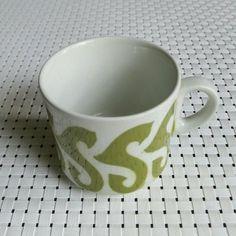 """Arabian puhalluskoristeinen kahvikuppi """" vihreä ässä """""""