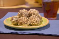 Get this all-star, easy-to-follow Honey Almond Date Balls recipe from Dave Lieberman.