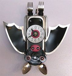☆ Hand Crafted Hanging Bat Kitchen Clock ☆