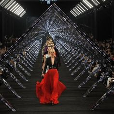 Very chic Black Carpet Runway at Hugo Boss Fashion Show in Beijing. Loving the unique lighting design too!