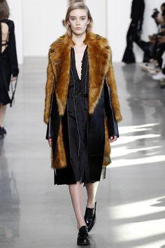Calvin Klein Collection Fall 2016 Ready-to-Wear Fashion Show - Olivia Jones