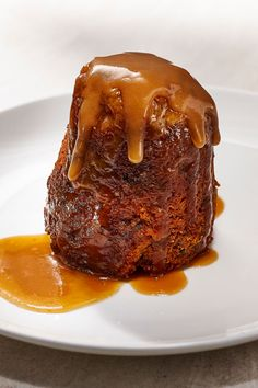 Canadian Cuisine, Canadian Food, Pudding Desserts, Dessert Recipes, Sticky Toffee Pudding, Big Cakes, Baked Goods, Food To Make, Sweet Tooth