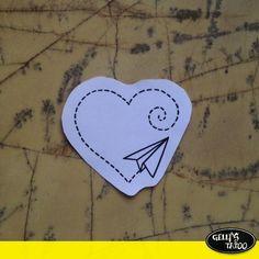 #mulpix Inspiração para o dia das mães, tatuagem de mãe e filha, realizada pelo tatuador @rafaeldenitattoo ______________________ Agende seu horário: 11 4562-4501  senior@gellystattoo.com.br ______________________ Conheça todos os tatuadores da unidade Sênior:  @andretattooist   @renatokisstattoo   @rafaeldenitattoo   @dellamatta   @mika_schorr   gellystatoo_senhor_geleia   @pierrimazerati   @ra_paixao   @chong_ink   @mirodantas  __________________________ Acompanhe também as nossas outras…