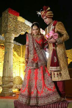 #weddinglehenga#redandmaroon#zariwork❤