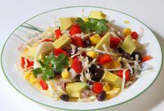 Рецепт №1: Салат из чёрной фасоли с кукурузой и авокадо