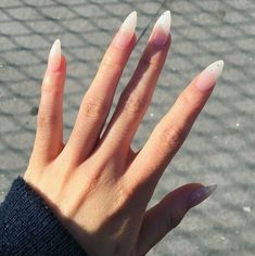 Classy acrylic nails, almond acrylic nails, classy nails, nude nails, n Classy Acrylic Nails, Almond Acrylic Nails, Classy Nails, Simple Nails, Classy Almond Nails, Long Almond Nails, Aycrlic Nails, Diva Nails, Nude Nails