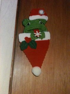 Free Plastic Canvas Ornaments | Plastic Canvas Frog Ornament by Cathygiftsandthings on Etsy