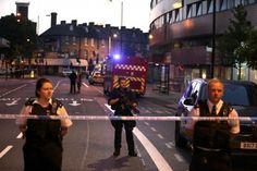 Londres - Un mort et huit blessés fauchés cette nuit par une camionnette près dune mosquée http://vdn.lv/9mDkQe