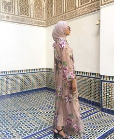 Discover recipes, home ideas, style inspiration and other ideas to try. Islamic Fashion, Muslim Fashion, Fashion Wear, Modest Fashion, Hijab Fashion, Modest Wear, Modest Outfits, Stylish Outfits, Hijab Style