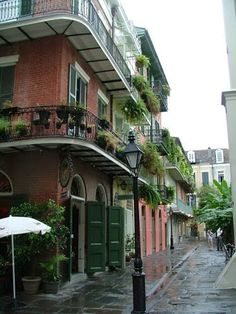 Pirates Alley - New Orleans