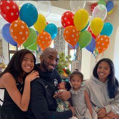Vanessa Bryant, Natalia Bryant, Lakers Kobe Bryant, Los Angeles Lakers, Alessandra Rosaldo, Kobe Bryant Daughters, Kobe Bryant Pictures, Kobe Bryant Family, Kobe Mamba