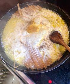 Μακαρόνια βρασμένα σε γάλα-Το κάτι άλλο !!!   Be2news Greek Recipes, Greek Meals, Aesthetic Food, Pudding, Pasta, Breakfast, Desserts, Morning Coffee, Deserts