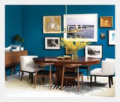 Great colors, again with a blue accent wall...