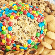 Monster cookie dough cheeseball dip has no eggs and no flour! Everything you love about monster cookies; oats, peanut butter, chocolate chips, and m&m's. Monster Cookie Dough, Cookie Dough Cupcakes, Cookie Dough Dip, Cookie Cups, Mini Cookies, Cake Cookies, Pudding Desserts, No Bake Desserts, Dessert Recipes