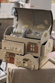 """"""" Je vous emmene à Dole. Cardboard Box Crafts, Cardboard Furniture, Sewing Case, Sewing Box, Craft Room Organisation, Creative Box, Fabric Boxes, Pencil Boxes, Baby Keepsake"""