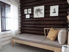 Hirsimökin muodonmuutos: saunatupa | SLIIK Entryway Bench, Furniture, Home Decor, Entry Bench, Hall Bench, Decoration Home, Room Decor, Home Furnishings, Home Interior Design