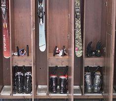1000 images about rangement ski on pinterest ski mud rooms and chalets. Black Bedroom Furniture Sets. Home Design Ideas