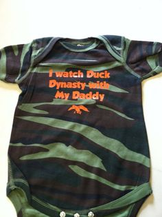 Duck Dynasty baby onesie camo onesie sweeter by JessieAnnCreations 3rd Baby, Second Baby, Baby Boy, Duck Dynasty Baby, Baby Girl Fashion, Kids Fashion, Little Babies, Cute Babies, Baby Nursery Bedding