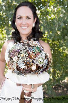 love this vintage broach wedding bouquet, diy country wedding