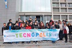 Educación: estudiantes de escuelas técnicas de todo Chubut viajaron para conocer y recorrer Tecnópolis http://www.ambitosur.com.ar/educacion-estudiantes-de-escuelas-tecnicas-de-todo-chubut-viajaron-para-conocer-y-recorrer-tecnopolis/ Con el apoyo del Gobierno del Chubut, a través del Ministerio de Educación, partió este lunes a Capital Federal un contingente de 160 alumnos de las localidades de Trelew, Rawson y otras localidades del Valle. Además viajaron hacía el mis