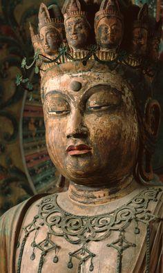 国宝 「十一面観音菩薩立像」(平安時代)