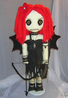 Gothic Dolls. Sorry but this is CUTE. :)