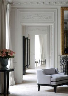 aesthetic cleverly combines the finest components of classicism with an elegant and refined twist