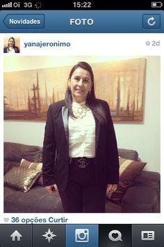 A bela Yana Jerônimo sempre investe em peças atemporais...  www.storesoho.blogspot.com.br