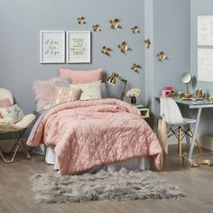 All That Glitters- Anthology™ Mina - BedBathandBeyond.com Cute Room Ideas, Dorm Bedding, Bedding Sets, Bedding Decor, Room Goals, Bedroom Inspo, Bedroom Ideas, House Rooms, Dream Rooms