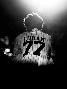 it's okay, as part of exo-l we the fans should be there for luhan, it breaks my heart that he was going through such a hard time ):