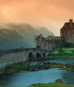 Scotland Travel Inspiration - Eilean Donan Castle in the Scottish Highlands